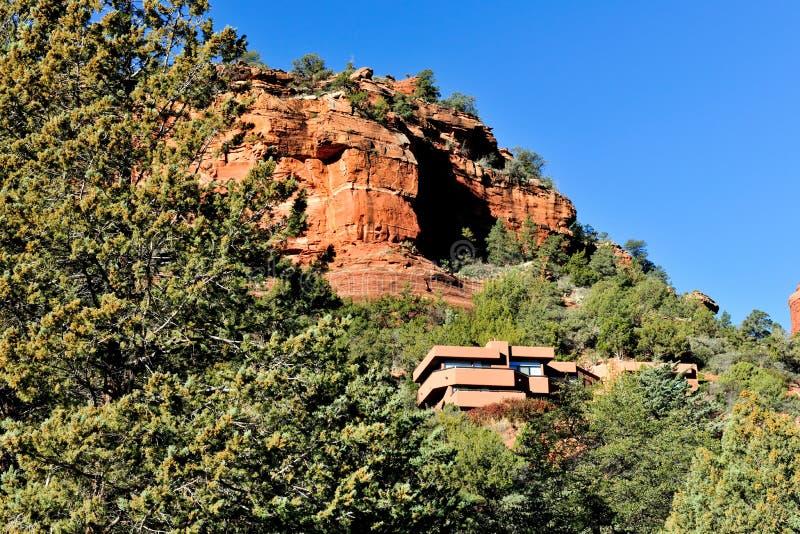 Edifício na montanha foto de stock royalty free