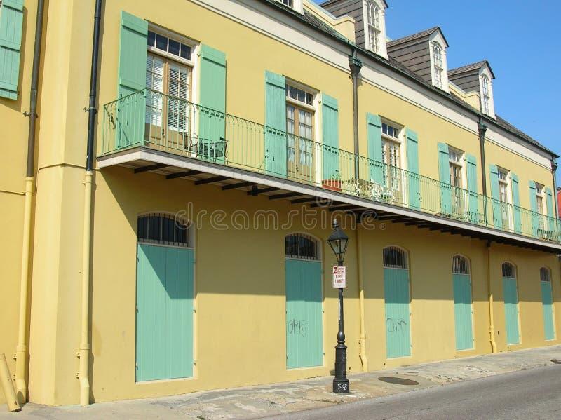 Edifício no bairro francês, N.O. fotos de stock royalty free