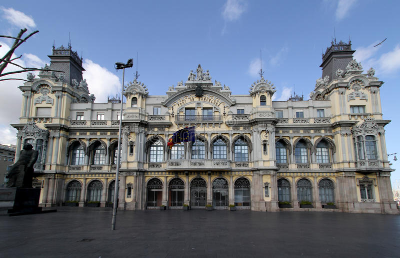 Edifício portuário marítimo em Barcelona imagem de stock royalty free