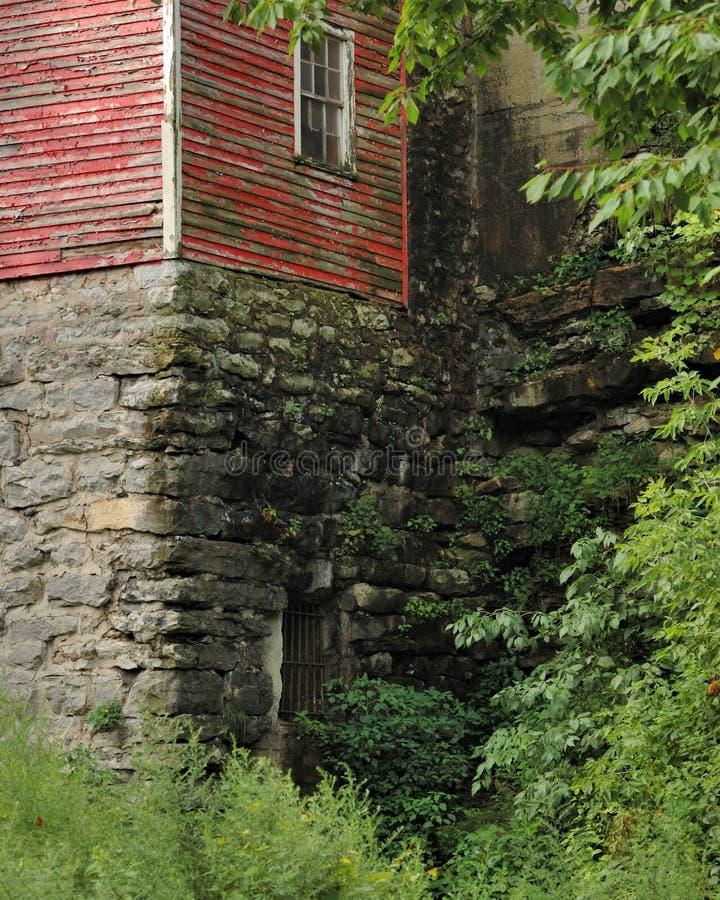 Edifício velho na pedra fotos de stock royalty free