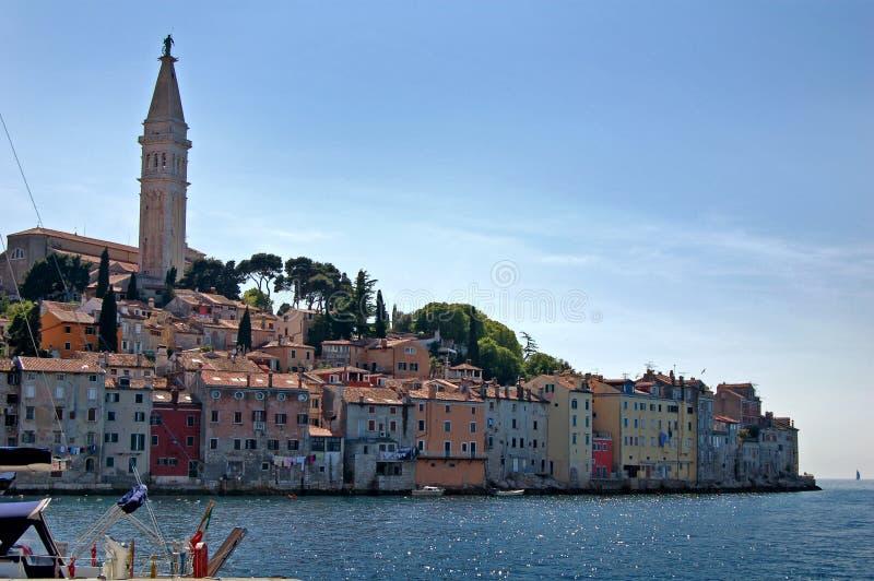 Download Edifícios Ao Longo Do Mediterrâneo. Foto de Stock - Imagem de historic, velho: 10062498