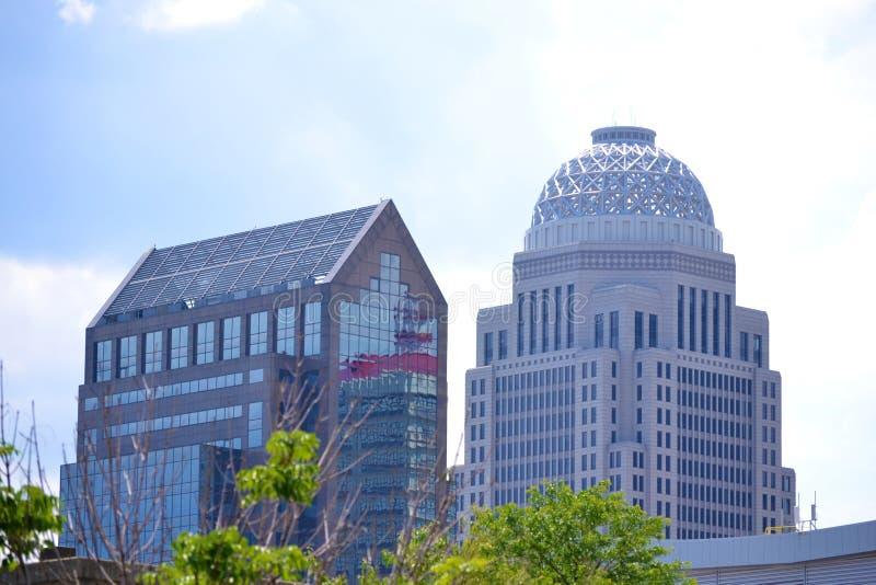 Edifícios de Louisville, Kentucky foto de stock royalty free