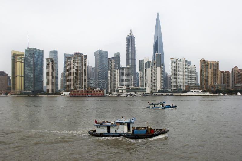 Edifícios de Shanghai Lujiazui imagens de stock royalty free