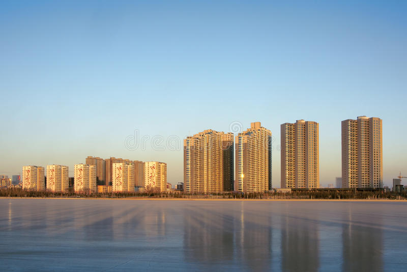 Edifícios do beira-rio foto de stock royalty free