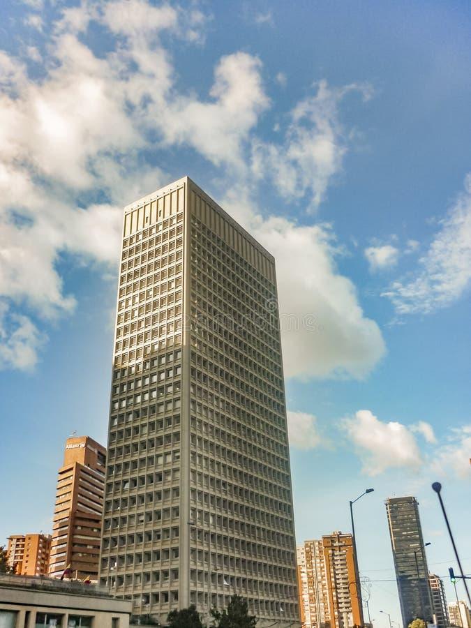 Edifícios modernos em Bogotá Colômbia imagem de stock
