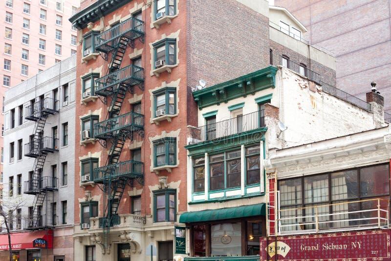 Edifícios no bairro de Murray Hill na Avenida Lexington, Manhattan fotografia de stock