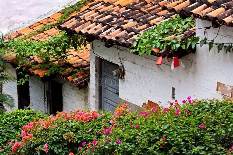 Edifícios velhos Puerto Vallarta, México foto de stock royalty free