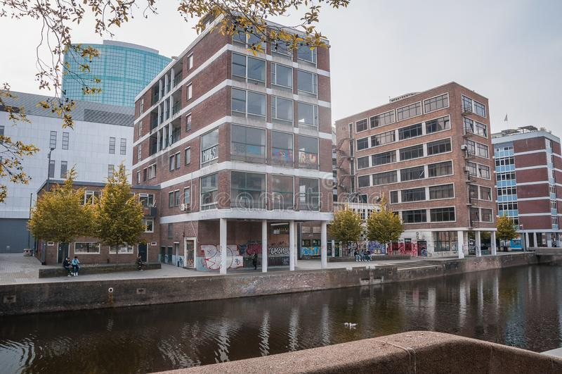 Edif?cios modernos em Amsterd?o fotos de stock