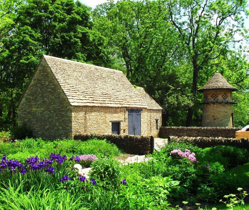 Edifici attigui del cottage di Cotwold immagini stock