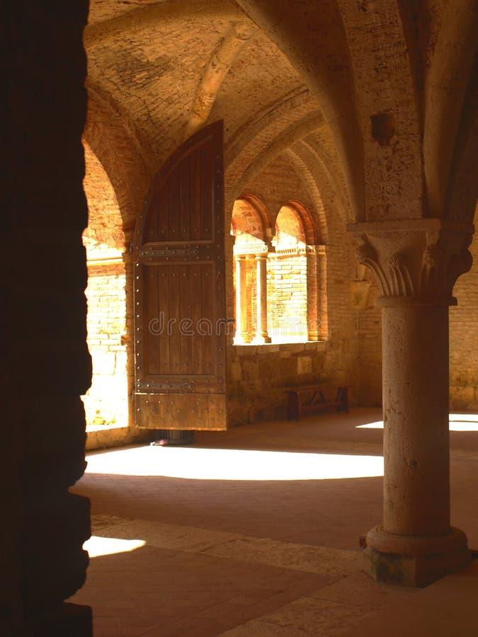 Edifici attigui dell'abbazia del San Galgano immagine stock