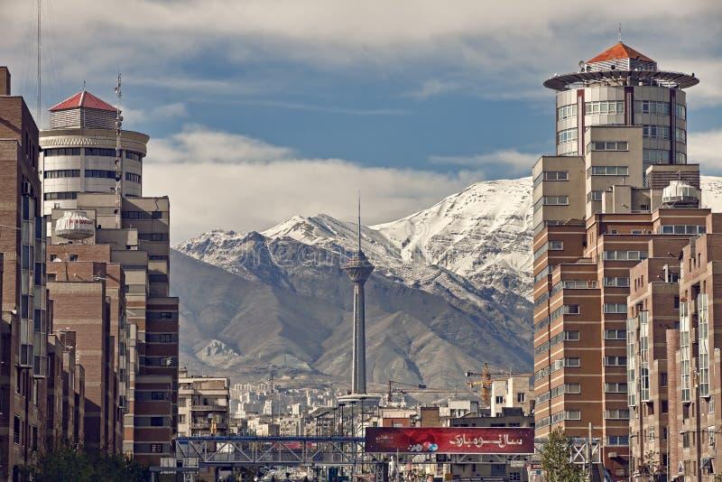 Edifici di Navvab da entrambi i lati del tunnel di Tohid a Teheran fotografia stock libera da diritti