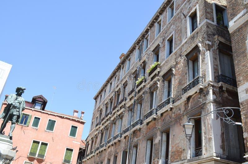 Download Edifici Di Tipical A Venezia, Italia Fotografia Stock - Immagine di orizzontale, decorazione: 56893064