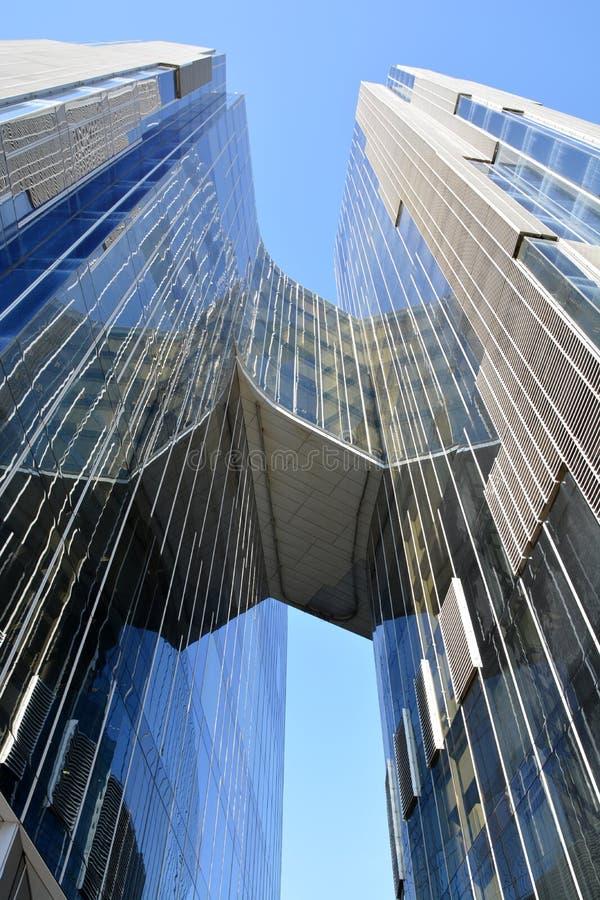 Edifici Gas Natural à Barcelone image stock
