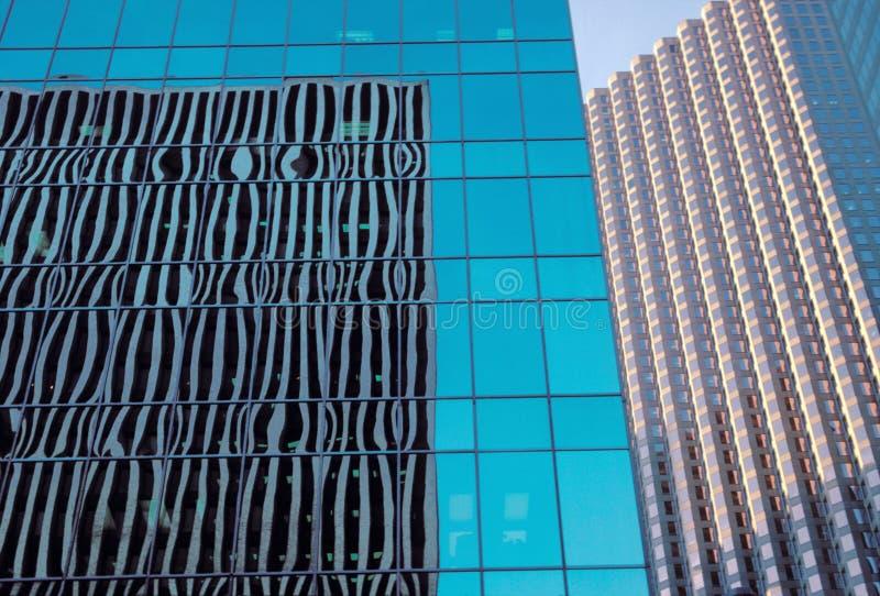 Edifici per uffici di vetro della casella immagine stock libera da diritti