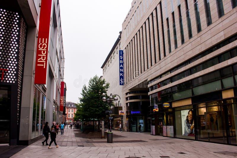 Edifici per uffici nel centro urbano di Francoforte immagini stock libere da diritti