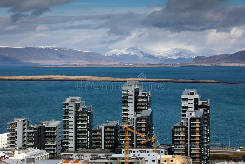 Edifici residenziali a Reykjavik immagine stock libera da diritti