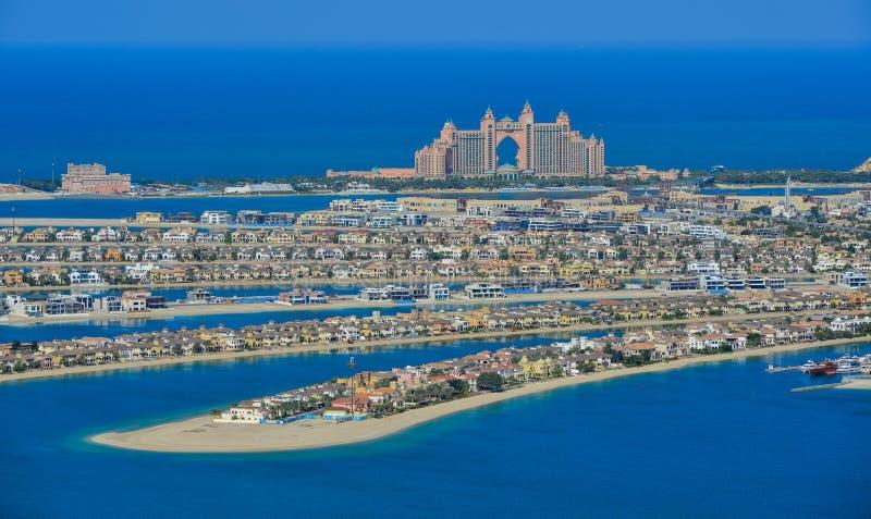 Edifici residenziali sulla palma Jumeirah immagine stock libera da diritti