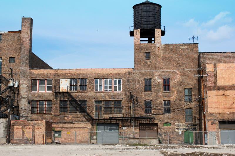 Edificio abandonado de la ciudad foto de archivo libre de regalías