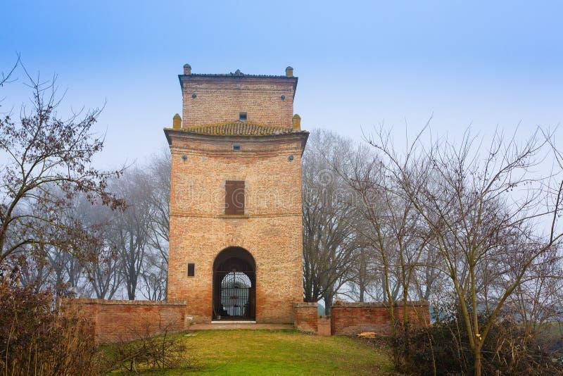 Edificio antiguo de la laguna del río Po, Italia fotos de archivo libres de regalías