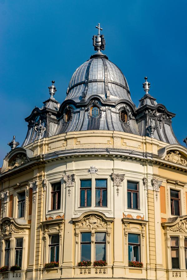 Edificio barroco del palacio de Banffy en Cluj-Napoca, Rumania fotos de archivo