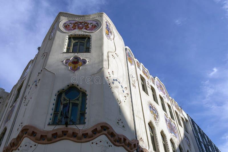 Edificio Cifrapalota en Kecskemet, Hungría fotografía de archivo libre de regalías