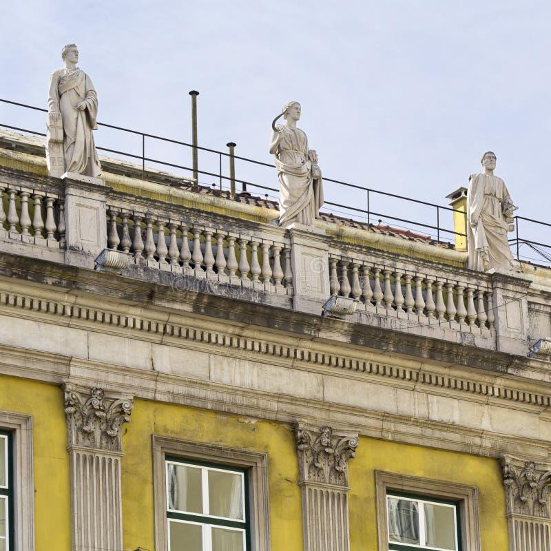 Edificio clásico de Lisboa fotografía de archivo