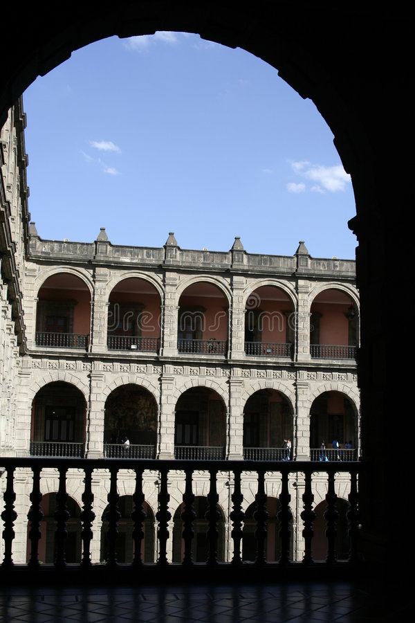 Edificio colonial fotos de archivo
