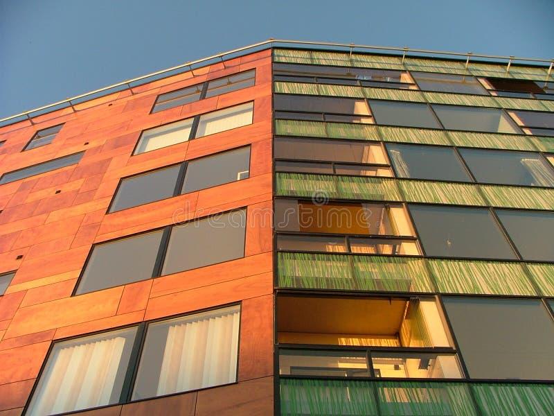 Edificio in condominio moderno fotografia stock libera da diritti