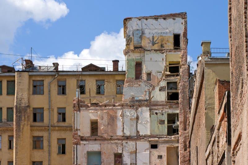 Edificio dañado imágenes de archivo libres de regalías