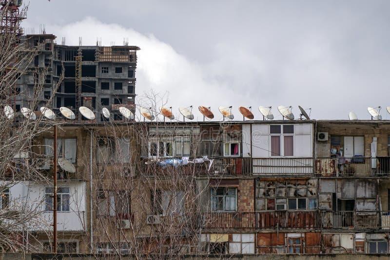 Edificio de apartamentos, vivienda temponary del refugiado imagen de archivo