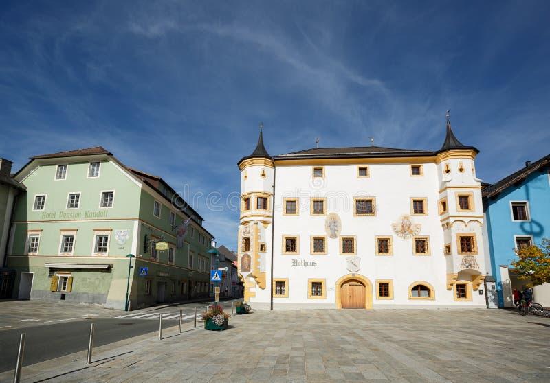 Edificio de ayuntamiento Tamsweg, Austria fotos de archivo