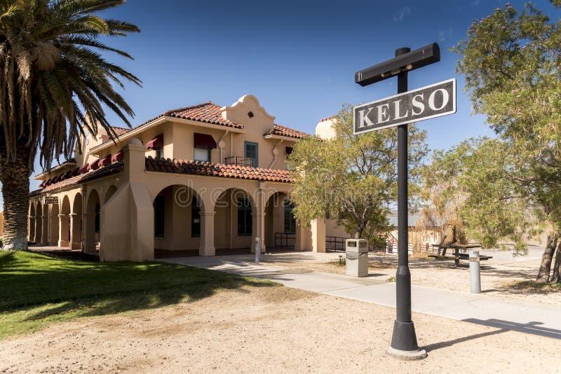 Edificio de la estación en el coto del Mojave del depósito de Kelso foto de archivo