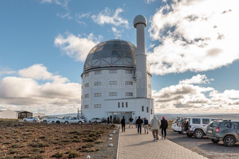 Edificio de la SAL telescopio de 11 metros cerca de Sutherland imagen de archivo libre de regalías