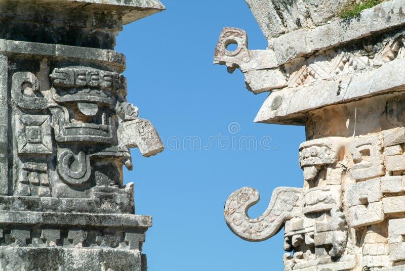Edificio de las Monjas en la ciudad maya Chichen Itza fotos de archivo libres de regalías