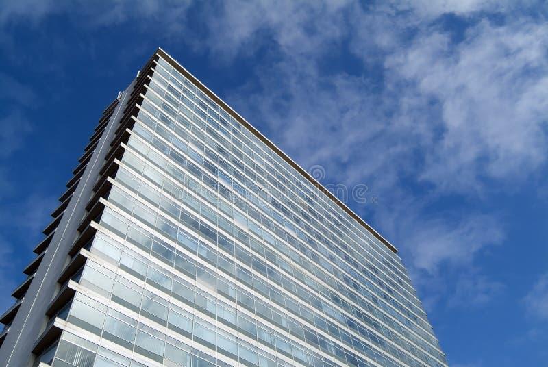 Download Edificio De Oficinas Anónimo Imagen de archivo - Imagen de corporativo, ángulo: 183863