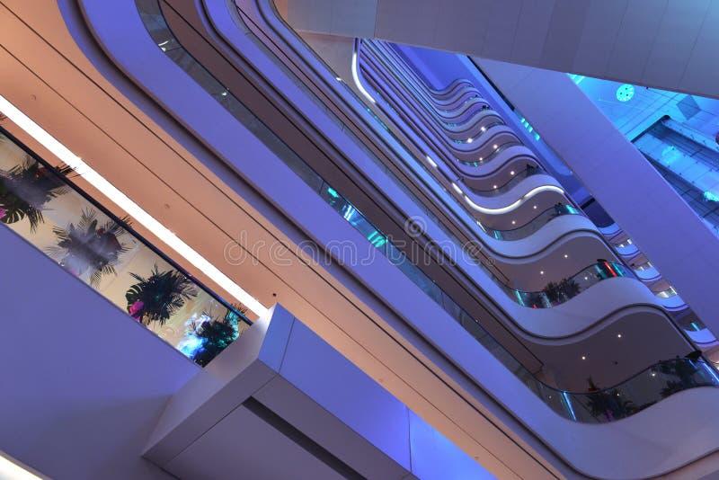 Edificio de oficinas de Œmodern de la plaza del pasillo del ¼ moderno del ï, pasillo moderno del edificio del negocio, edificio c foto de archivo libre de regalías