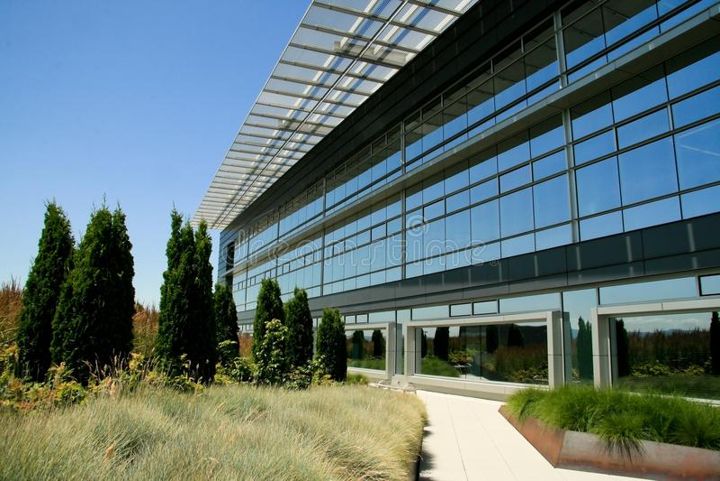 Edificio de oficinas de Leed foto de archivo
