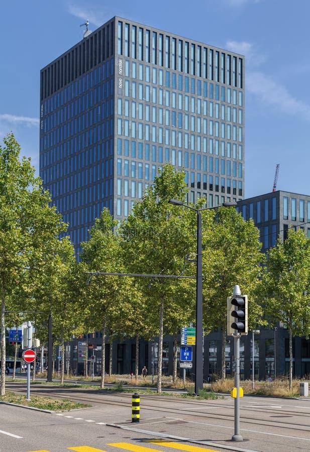 Edificio de oficinas en Oerlikon imagen de archivo