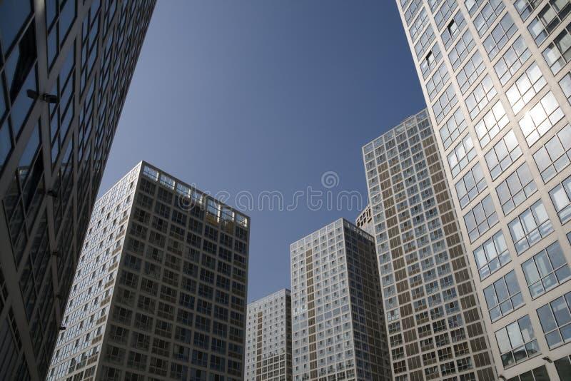 Edificio de oficinas y centro de negocios imagen de archivo libre de regalías