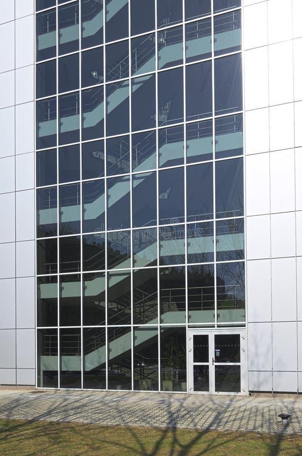 Edificio moderno fotos de archivo