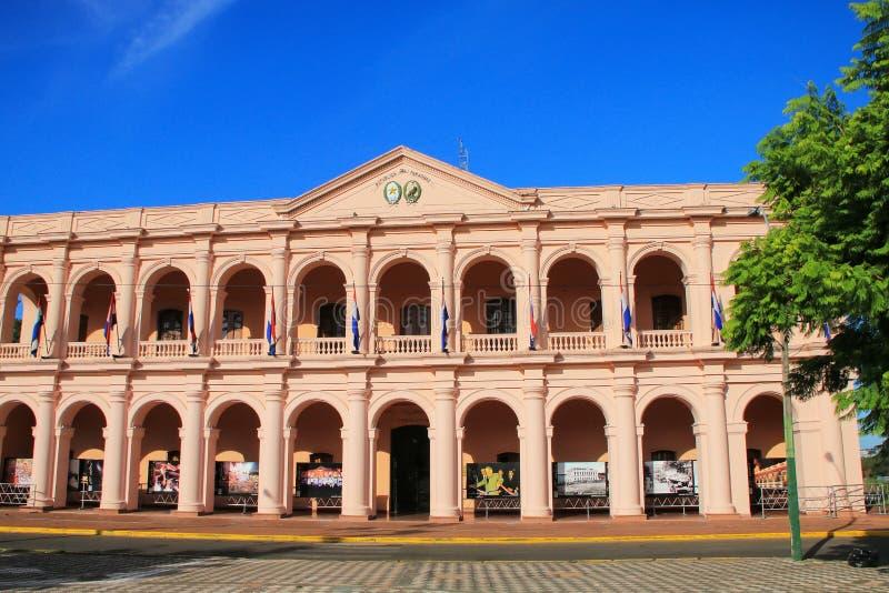 Edificio del ayuntamiento (Cabildo) en Asuncion, Paraguay imágenes de archivo libres de regalías