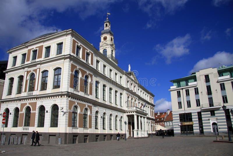 Edificio del Ayuntamiento de Riga en la ciudad Hall Square foto de archivo