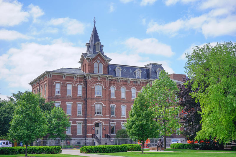 Edificio del campus universitario de Purdue imagen de archivo
