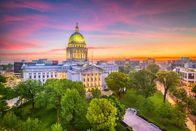 Edificio del capitolio del estado de Madison, Wisconsin, los E.E.U.U. foto de archivo