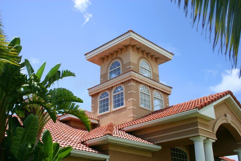 Edificio del casa del club/de oficinas imagen de archivo libre de regalías