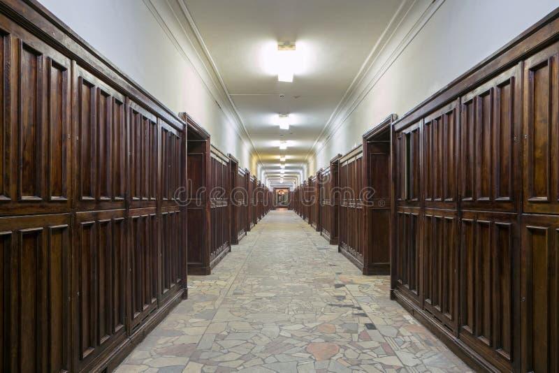 Edificio del departamento de la física de universidad de estado de Moscú foto de archivo