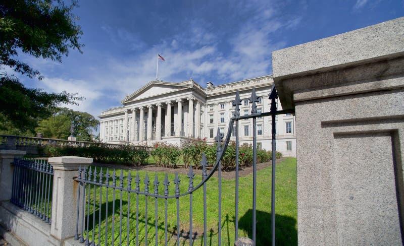 Edificio del departamento del Tesoro imagenes de archivo
