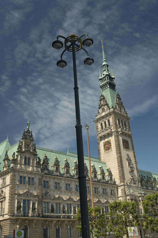 Edificio del municipio a Amburgo fotografie stock