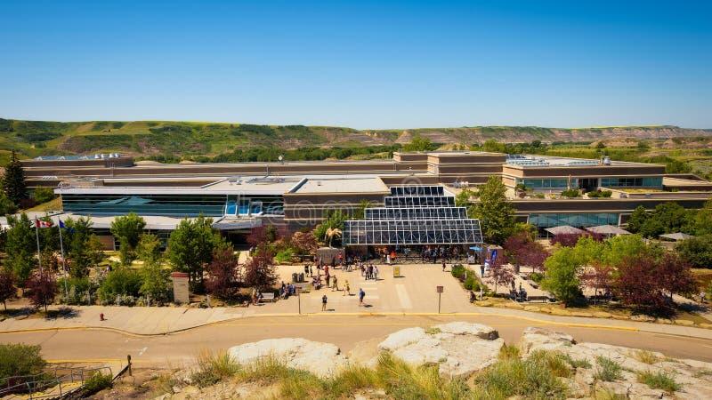 Edificio del museo real de Tyrrell de la paleontología fotografía de archivo
