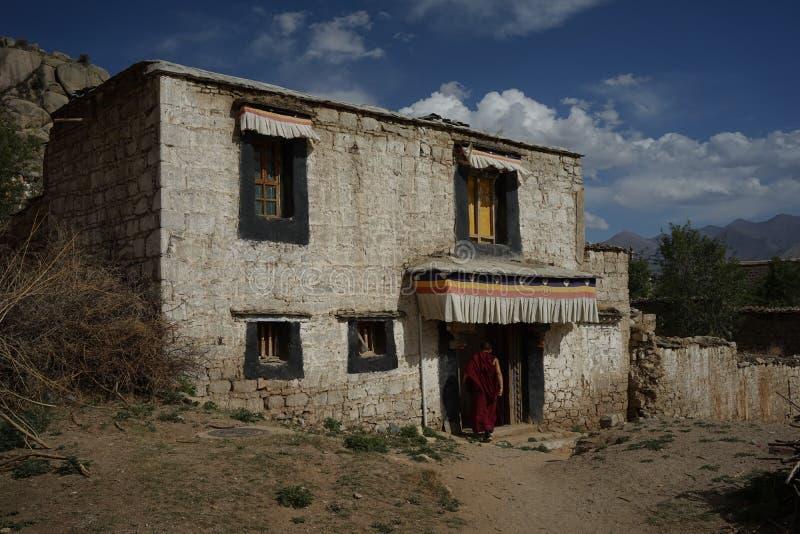 Edificio del Tibet in Sera Monastry fotografia stock